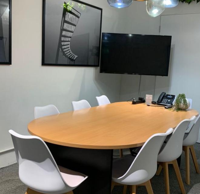 8 Pax Meeting Room